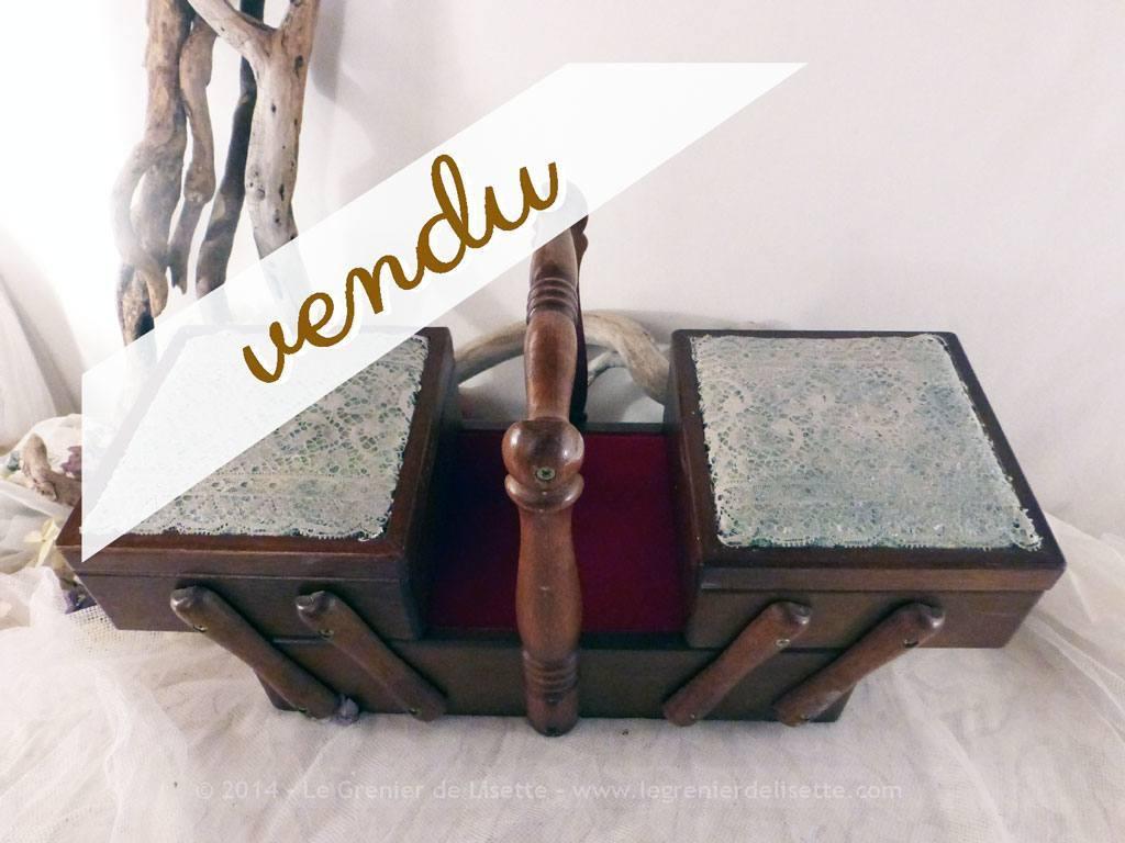 boite couture travailleuse en bois et dentelle le. Black Bedroom Furniture Sets. Home Design Ideas