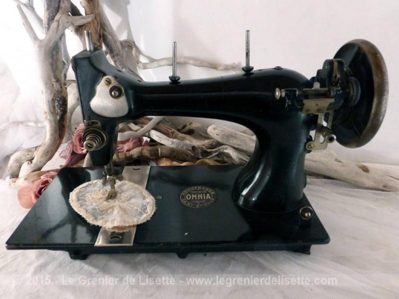 Premi re machine coudre omnia le grenier de lisette for Machine a coudre 2015