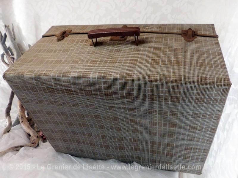 ancienne grande valise en carton. Black Bedroom Furniture Sets. Home Design Ideas