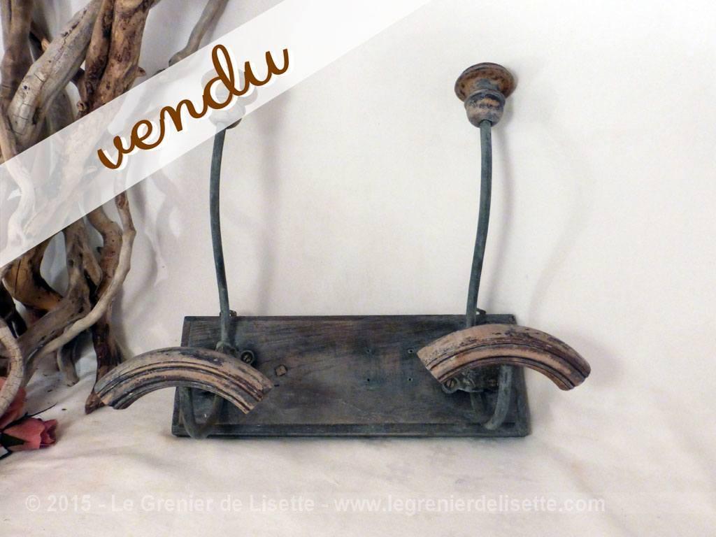 ancienne double pat re en bois le grenier de lisette. Black Bedroom Furniture Sets. Home Design Ideas