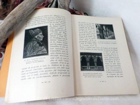 Livre ancien sur le Palais des Doges de Venise