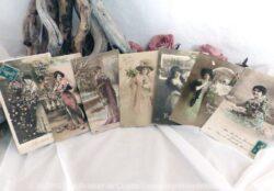 Lot de 7 cartes postales de femme de Bonne Année.