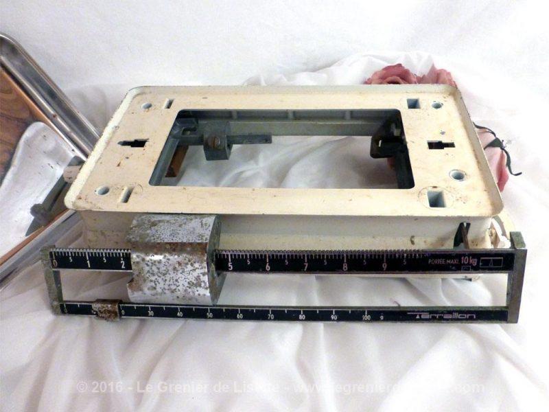 Ancienne balance terraillon le grenier de lisette - Balance de cuisine ancienne ...