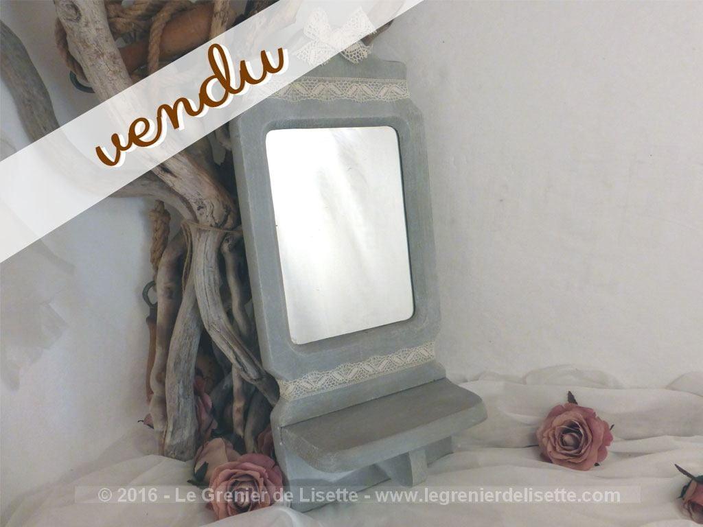 Petit miroir tag re patin shabby le grenier de lisette for Petit miroir original