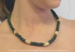 collier-perles-riz-vertes-2