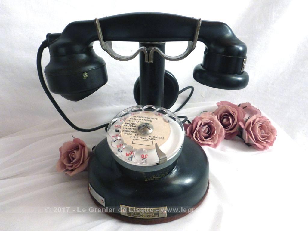 vendu tr s ancien t l phone d 39 poque le grenier de lisette. Black Bedroom Furniture Sets. Home Design Ideas