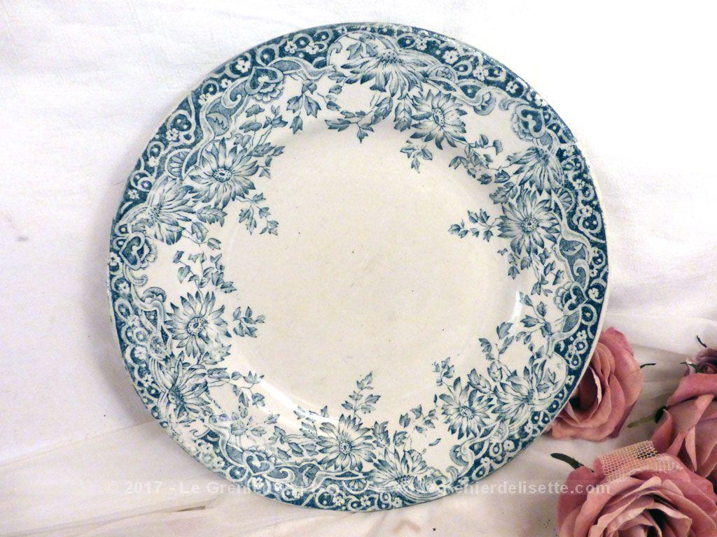 vendu assiette plate fleurs bleues st amand mod le lucerne le grenier de lisette. Black Bedroom Furniture Sets. Home Design Ideas