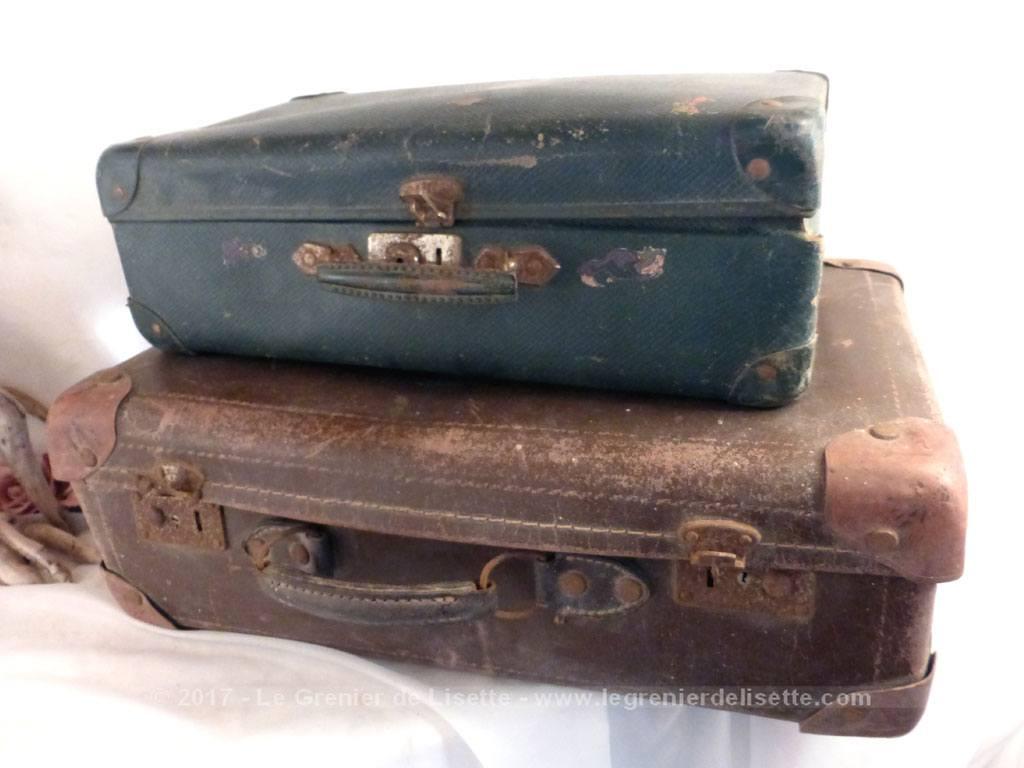 deux anciennes valises pour d coration le grenier de lisette. Black Bedroom Furniture Sets. Home Design Ideas