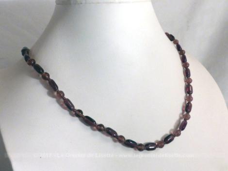 Collier vintage en améthyste de 54 cm de long.