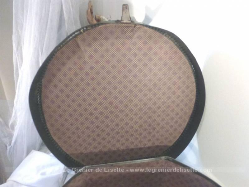 ancienne boite chapeaux en carton rigide avec sa clef d. Black Bedroom Furniture Sets. Home Design Ideas