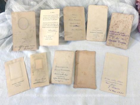 """Lot de 10 petites images pieuses des années 1920, souvenirs de """"Première Communion"""" et de """"Communion Solennelle"""", pour la plupart."""
