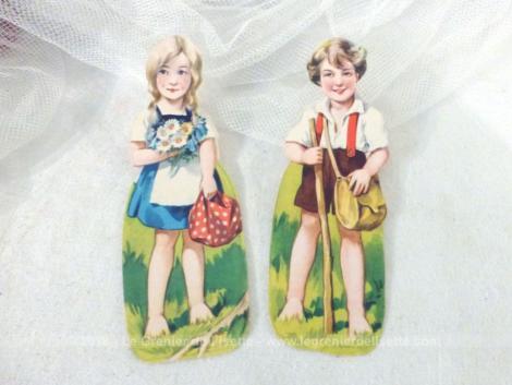 Anciennes chromos de deux enfants à la campagne.