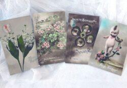 Quatre cartes postales anciennes Porte Bonheur