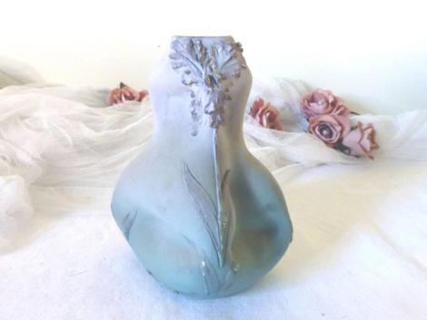 Vase unique en Terre d'Eclance numéroté.