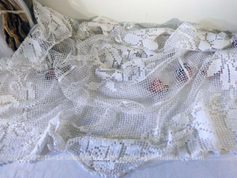 ancien nappe carr e crochet et filet le grenier de lisette. Black Bedroom Furniture Sets. Home Design Ideas