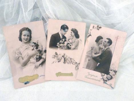 """Lot de 3 cartes postales vintage couple """"Bon Anniversaire"""" des années 40."""