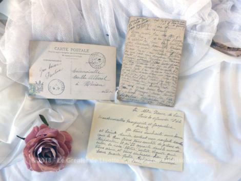 Lot de 3 anciennes cartes postales portant datant des années 30/40 sur des images religieuses.