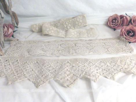 Trio de dentelles anciennes de différentes formes et réalisées au crochet.