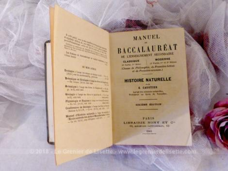 """Ancien """"Manuel du Baccalauréat"""" de l'Enseignement Secondaire concernant la matière """"Histoire Naturelle"""" datant de 1903."""