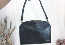 Ancien petit sac vintage noir en peau de lézard.