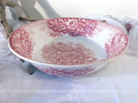"""Très grand saladier ou ancienne bassine de toilette, aux superbes dessins roses de dahlias, faïenceries """"Hamage Nord"""", modèle """"Jardinière""""."""
