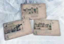 Trois cartes postales anciennes de châteaux, Fontainebleau, Ambroise et Chambord avec sur chacune des recommandations de produits pharmaceutiques.