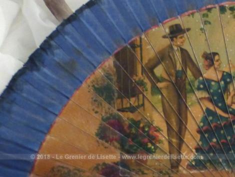 Ancien éventail peint à la main scène espagnole avec des dessins typique de scenes de vie en Espagne.