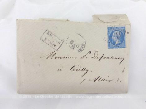 Authentique courrier du 29 janvier 1868 écrite sous le règne de Napoléon III avec à l'intérieur une double feuille manuscrite à la plume avec de l'encre sépia.