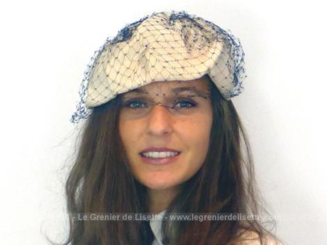 Ancien chapeau vintage avec voilette bleue entièrement fait main à porter façon bandeau.