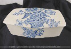 Ancien porte savon porcelaine Crown Devon, bleu shabby et son couvercle datant des années 30.