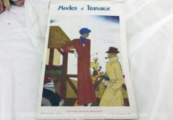 Voici la revue Modes et Travaux du 1er septembre 1934 avec des superbes modèles de chapeaux et de robes d'après midi, sans oublier le patron fourni pour des explications de travaux de broderies et couture.