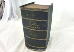 Voici un imposant et ancien dictionnaire des Justices de Paix daté de 1869 sur 490 pages.