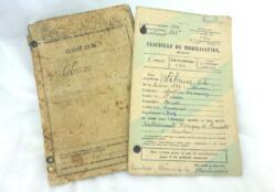 Anciens documents militaire classe 1916 pour le soldat Lebrun comprenant son livret militaire Classe 1916 et son fascicule de mobilisation daté de 1939.