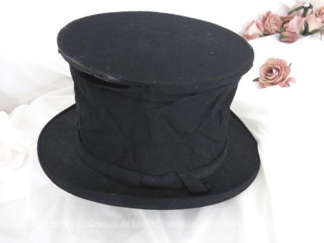 Un authentique chapeau claque fin XIX° ou début XX° portant l'étiquette Grand Prix 1900 - A. Berteil - 78 Avenue de Malakoff Place Victor Hugo - Paris avec le monogramme B cousu.