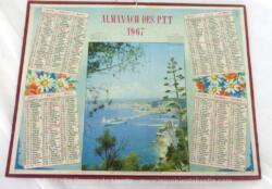 Almanach cartonné des PTT de 1967 avec une photo de la ville de Nice et ses 4 feuillets complémentaires dont carte de France et plan de Nancy.