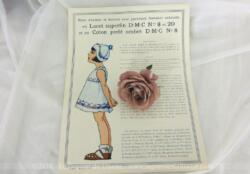 Ancienne fiche D.M.C des années 40/50 pour robe et bonnet pour fillettes, à décorer avec une garniture fantaisie exécutée en lacet superfin DMC n°8 et 20 et en coton perlé ombré DMC n°8.