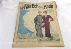 Ancienne revue la revue Le Petit Echo de la Mode du 23 mai 1937 en grand format, véritable trésor vintage de 83 ans avec des dessins de modèles de robes, de tailleurs, un patron de gants aux aiguilles... et tout le mystère de l'élégance pour l'été 1937 !
