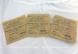 Trois billets de tombola d'avril 1930, émis à l'occasion de la Grande Fête Annuelle organisée par la Société Nationale de Secours Mutuels entre les Mutilés, Veuves et Orphelins de Guerre.
