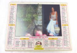 Ancien almanach des P.T.T. de 1987 avec des deux cotés des photos romantiques de femmes avec 6 feuillets supplémentaires sur les services de la Poste et le département du Pas de Calais.