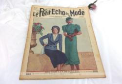 Ancienne revue la revue Le Petit Echo de la Mode du 30 mai 1937 avec des modèles de robes et de tailleurs, tout le mystère de l'élégance de l'été 1937 !