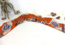 Voici une écharpe qui a fait le bonheur des supporters de Montpellier Hérault Sport Club en brandissant ALLEZ MONTPELLIER..... en 1974 !