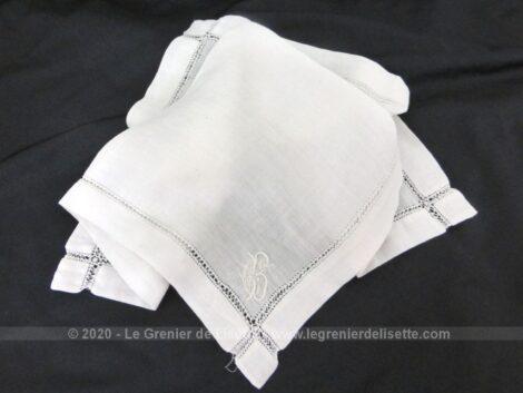 Ancien mouchoir de mariée avec les monogrammes GB ou CB et sa bordure entièrement habillée avec d'un jour de Venise très ouvragé.