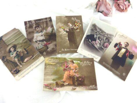 Voici un lot de 6 cartes postales anciennes pour feter le 1er Avril et son poisson, datées de 1910 à 1922.