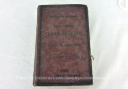 """Voici un ancien livre """"Traité pratique d'Auscultation suivi d'un Précis de Percussion"""" 10eme édition datée de 1880 par M. Barth et M. Henri Roger."""