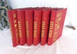 """Voici 6 tomes sur 8 de la collection ATELIER """"De fils en Aiguilles"""" de 1976. Que des idées de travaux manuels pour tous et pour tout !"""