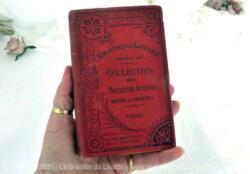"""Très instructif, voici le livre """"Mémoires de Madame Roland"""", écrit au moment de la révolution de 1789 lors de son emprisonnement et publié après son exécution."""