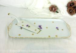 Beau plat à gâteau de forme rectangulaire avec et sa pelle assortie en Porcelaine Fine Paris 2 décorés de fleurs fuchsia et le liserés dorés