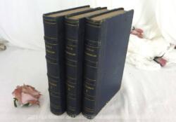 """Voici les 3 tomes de """"École des Miracles ou les Oeuvres de la Puissance et de la Grace de Jésus-Christ, Fils de Dieu et Sauveur du Monde"""", datés de 1857."""